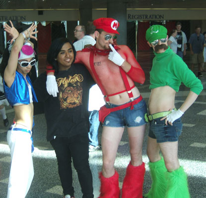 fail cosplay  Fanime-Mario-Cosplay