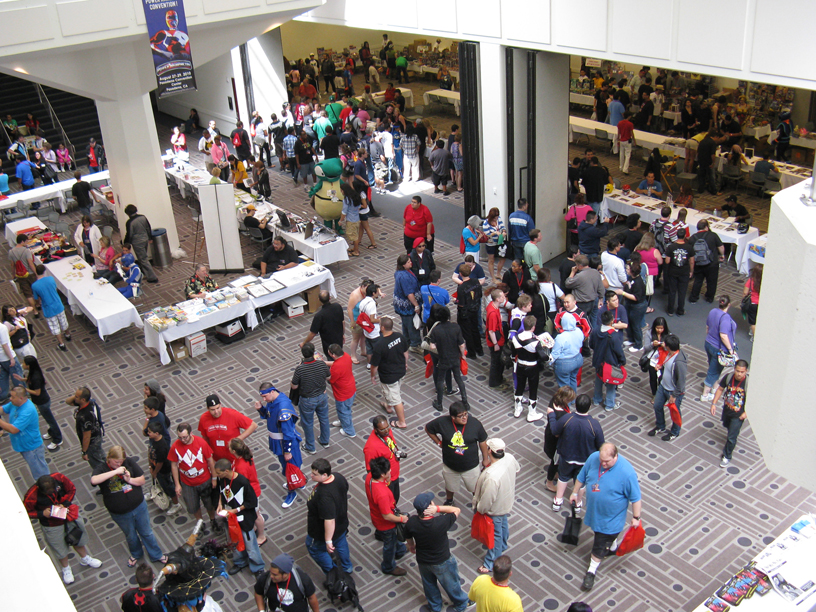Power-Morphicon-Convention-Crowd.JPG