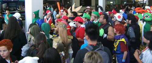 Anime-Expo2010-Nintendo-Cosplay-Gathering2.JPG