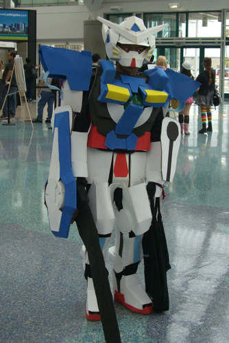 Anime-Expo2010-Robot-Cosplay.JPG