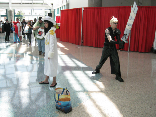 Anime-Expo-2011-Cloud-Strife-Cosplay.jpg