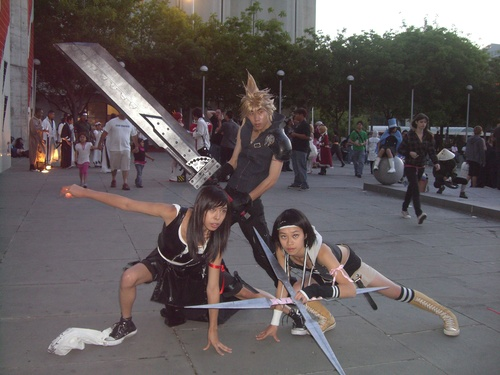Final-Fantasy-VII-Cosplay