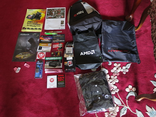 AMD_FANDAY_SWAG.JPG